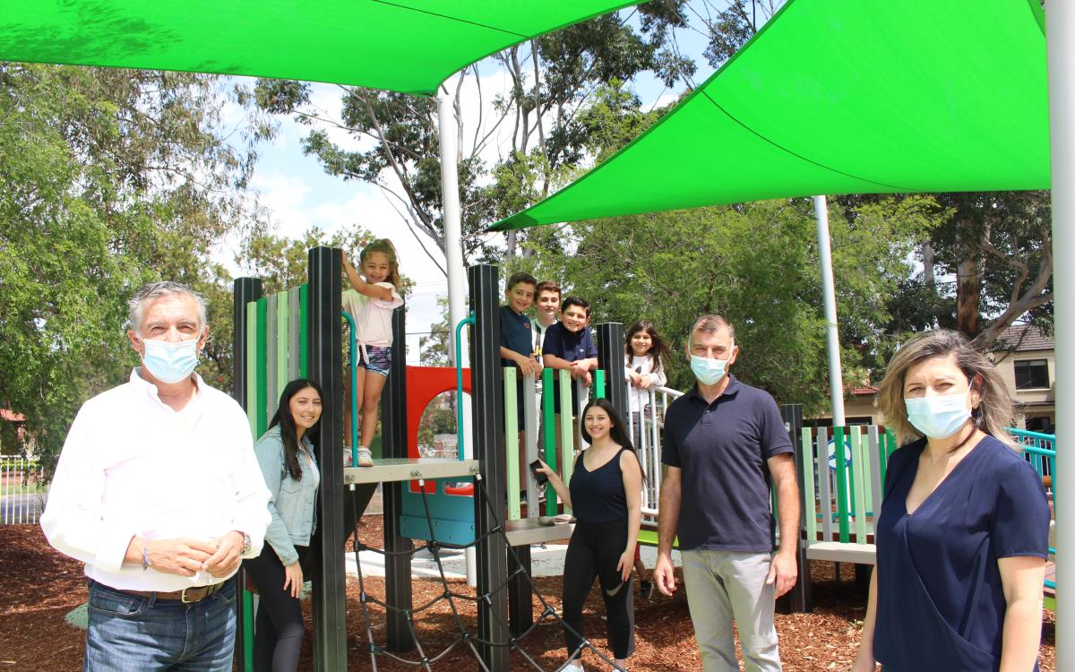 New playground for Henley Park